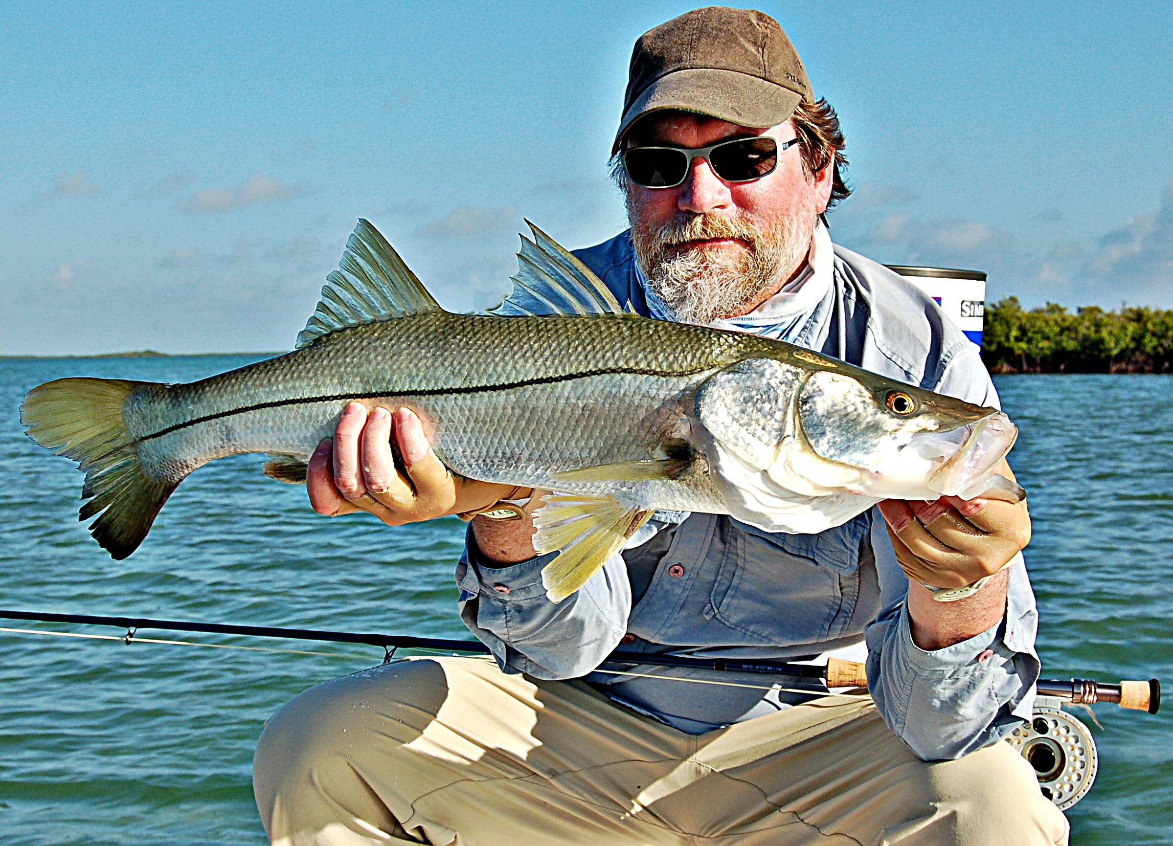 Snook fishing in the florida keys for Fly fishing guides near me